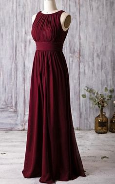 This floor-length stunner is a must-have for any formal event, be it the case of weddings or posh gatherings. With its A-line silhouette and bateau neckline, you get a very flattering option, that's not only chic and stylish, but also comfortable to wear. Looks great in jewel tones like ruby and regency, but equally dazzling in pastel shades!FEATURESA-line silhouetteBateau necklineZipper closureFloor-lengthExtra support with a built-in-bra