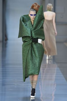 Maison Margiela Haute Couture Fall 2015/2016. See all the best looks from Paris.