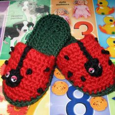 Toddlers Crochet Slipper Pattern Lady Bug Fun by kalliedesigns, $4.00