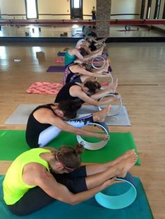 Dharma Yoga Wheel - Buscar con Google Yoga Fitness - http://amzn.to/2hmQneS