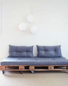 De lunes a domingo: Crea tu propio sofá con palés