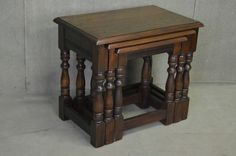 SOLID OAK NEST OF THREE COFFEE TABLES / OCCASIONAL TABLE