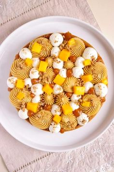 Cool and modern Mango Tarte Beaux Desserts, Fancy Desserts, Köstliche Desserts, Best Dessert Recipes, Gourmet Recipes, Sweet Recipes, Delicious Desserts, Fun Recipes, French Pastries