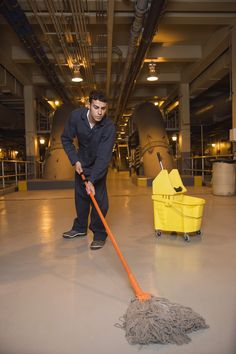 Do you need to hire a reliable residential or commercial cleaning company that works in Altoona, PA? Maybe you need a professional janitorial cleaning service? In either case, Bumble Bee Cleaning Co is the right choice for you. We are ready to offer you the outstanding quality you deserve, regardless of the nature or difficulty of the job.