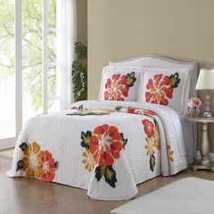 Ellison Autumn Chenille Beadspread King -- Check this awesome product by going to the link at the image. (This is an affiliate link) Bed Comforter Sets, Bedding Master Bedroom, Chenille Bedspread, Bedding Sets Online, Cozy Bed, Bed Styling, Bed Covers, Bed Spreads, Luxury Bedding