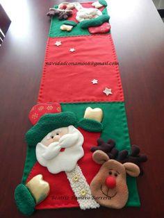 Fieltro navidad Preschool Christmas, Christmas Crafts, Christmas Decorations, Holiday Decor, Christmas Stuff, Christmas Ideas, Christmas Villages, Wool Applique, Christmas 2016