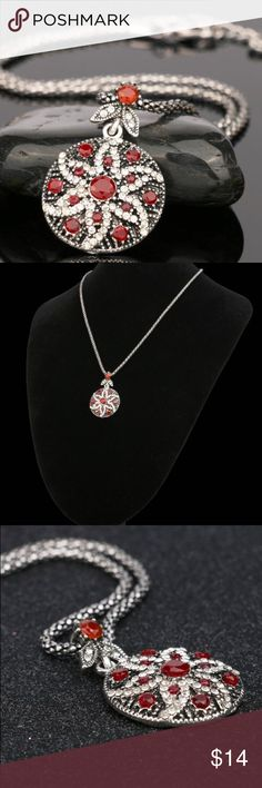"⭐️ Bohemian Red Ruby Star Pendant Necklace ⭐️ ⭐️ Bohemian Faux Red Ruby Crystal Star Fashion Necklace ⭐️ Pendant Size: 1.5"" x  1"", Chain Length: adjustable between 17"" to 20"" , Material: Silver plated resin,; Comes in gift 📦 Jewelry Necklaces"