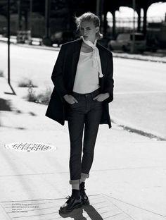 Rose Smith Teddy Girl style Pose for No Tofu Magazine Winter 2015 issue Photoshoot