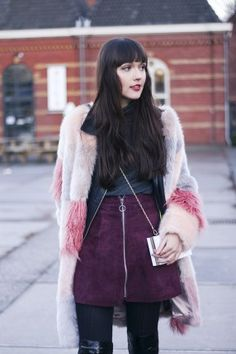 sixties seventies inspired style fashion blogger fashionblogger outfit ootd wearing burgundy suede mini skirt faux fur patchwork coat asos overknee boots long wavy hair biker jacket turtleneck