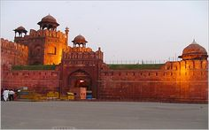. Enjoy a joyful and adventurous ride on an elephant back up to the ramparts when spent in a visit around the pink city-visiting the Hawa Mahal and the great City Palace. Special Holidays representative, greet you by a personal convey and then transfer to Hotel in Mumbai. Trip will visit The Gateway of India, Mani Bhawan, Marine Drive, Hanging Garden and the Kamala Nehru Garden in a single day.