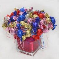 זר מתוק של חנות הפרח בפתח תקווה ניתן להזמין משלוח או לקנות ישירות בחנות להזמנות התקשרו:  9305072 - 03