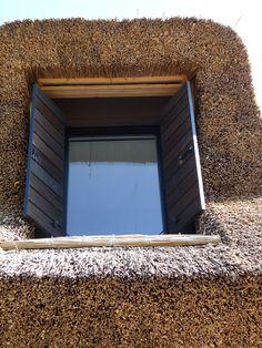 rusztikus ablak spalettával