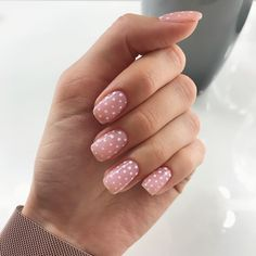 60 Polka Dot Nail Designs for the season that are classic yet chic - Hike n Dip : Since Polka dot Pattern are extremely cute & trendy, here are some Polka dot Nail designs for the season. Get the best Polka dot nail art,tips & ideas here. Nails Polish, Nude Nails, Pink Nails, My Nails, Acrylic Nails, Coffin Nails, Fall Nails, Pink Manicure, Glitter Nails