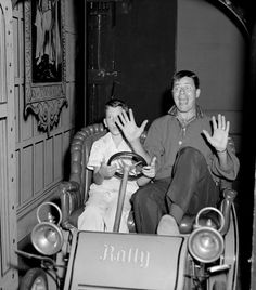 A Look Back at Celebrated Disneyland Resort Guests: Jerry Lewis – 1955 Walt Disney, Disney Fun, Disney Magic, Disney Parks, Disney Movies, Disney Stuff, Punk Disney, Disney Theme, Disney Characters