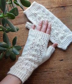 Like A Cat, Fingerless Gloves, Arm Warmers, Fingerless Mitts, Fingerless Mittens