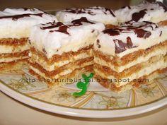 Cred ca cunoasteti prajitura asta ''foi cu zahar ars'',e foarte buna si e si aspectoasa. Se face un blat din: 5 oua , de zahar , 5 lg. Romanian Desserts, Cake Bars, Special Recipes, Sweet Cakes, Cookie Desserts, Pavlova, Desert Recipes, Cakes And More, Cake Recipes