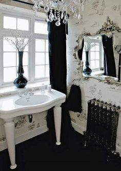Gothic black and white bathroom