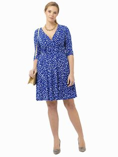 Printed Ruched Twist Waist Dress by Jessica Howard, Available in sizes 10/12 and 14W-24W