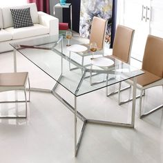 Not only making a dining room looks modern, but a glass dining table can also make the room looks elegant. These modern glass dining table design are great! Glass Dinning Table, Dinning Room Tables, Dining Table Design, Dining Rooms, Glass Tables, Wood Tables, Contemporary Living Room Furniture, Contemporary Interior, Modern Furniture