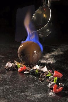 flaming the chocolate shell (photo only) Chef Francisco /Private Chefs Inc. Desserts Français, Fancy Desserts, Plated Desserts, Dessert Recipes, Flambe Desserts, Healthy Desserts, Modernist Cuisine, Food Science, Molecular Gastronomy