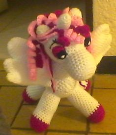 Amigurumi Unicornio Patron Gratis : AMIGURUMI on Pinterest Amigurumi Patterns, Navidad and ...