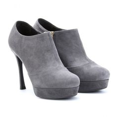 Professionelle: Gisele Suede Ankle Booties