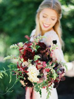 Burgundy Bouquet | photography by http://www.michelleboydphotography.com/