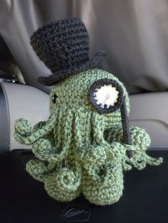 pattern by Rural Rebellion Ravelry: Cthulhu amigurumi pattern by Rural Rebellion. Dapper Cthulhu is dapper.Ravelry: Cthulhu amigurumi pattern by Rural Rebellion. Dapper Cthulhu is dapper. Amigurumi Free, Crochet Amigurumi, Amigurumi Patterns, Crochet Dolls, Knitting Patterns, Crochet Patterns, Octopus Crochet Pattern Free, Crochet Octopus, Knitting Projects