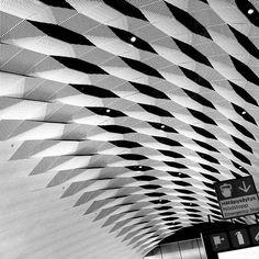 #matinkylä #metro  #länsimetro #ländimetro #Espoo #Finland #blackandwhitephotography #blackandwhite #photography #design #architecture in #metrostations from Helsinki to Espoo. #travelphotos.
