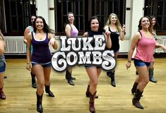 Listen to every Luke Combs track @ Iomoio Line Dance Songs, Line Dancing Lessons, Line Dancing Steps, Line Dances, Dance Music, Country Swing Dance, Country Line Dancing, Easy Dance, Cool Dance Moves