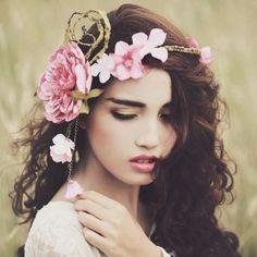 Enchanted forest theme should always have a flower crown . #misquince #quinceanera #flowergirl #enchantedforest #brooklynvenue #queensvenue #wedding #prom2018 #mysweet16 #misdulce16 #vestidosquinceanera #vestidosbrooklyn #halldecor #boda #miboda #quincedress #15anos #16anos #reception #decoracion #quinceaneradress #dama #bridemaids #quince #promdress #salon #xv #greenmakeup #quincemakeup #floralcrown
