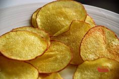 You Too Can Make These Crispy Potato Chips - It's Easier Than You Think! - Page 2 of 2 - Recipe Roost Potatoes In Microwave, Crispy Potatoes, Patatas Chips, Recipe Roost, A Food, Food And Drink, Potato Crisps, Savoury Baking, Dinner Dishes