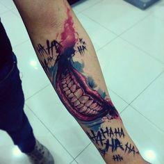 Here s an awesome Joker smile tattoo by creatattoo A very unique piece J Tattoo, Mago Tattoo, Comic Tattoo, Batman Tattoo, Dog Tattoos, Body Art Tattoos, Sleeve Tattoos, Tatoos, Harley Y Joker