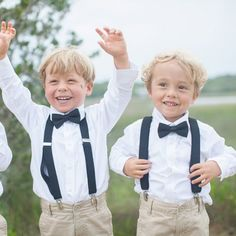 Adorable Ring Bearers are just the start of this elegant Pawleys Island affair with a lovely gold color palete + coastal details.
