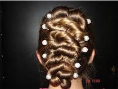 Fashion Vogue Beauty Glamour: Hair Trends 2011: Plaits and Braids
