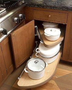 Inspiring Corner Kitchen Cabinet Storage Ideas – Decorating Ideas - Home Decor Ideas and Tips Diy Kitchen Cabinets, Kitchen Cabinet Organization, Kitchen Redo, Kitchen And Bath, Kitchen Storage, New Kitchen, Cabinet Ideas, Organization Hacks, Kitchen Ideas