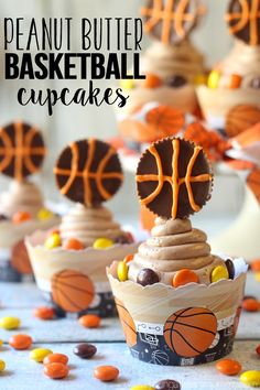 Young At Heart Mommy: REESE'S Peanut Butter Basketball Cupcakes (Basketball Cupcakes) Yummy Treats, Delicious Desserts, Sweet Treats, Basketball Cupcakes, Basketball Memes, Basketball Party, Soccer, Sports Themed Birthday Party, Sports Party
