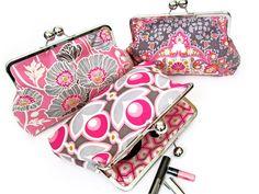 Cute idea and love love love the fabric! Frame purse inspiration via How About Orange
