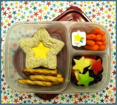 """The Lucky Lunchbox/ End of the year """"You're a Star"""" lunch in @EasyLunchboxes"""