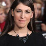 Kveller Mayim Bialik: Why I Refuse to Get My Kids Smartphones