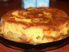 Tort cu mere si crema de zahar ars- un desert adorat de toti - Obiectiv - News Romania No Cook Desserts, Apple Desserts, Just Desserts, Romanian Desserts, Cake Recipes, Dessert Recipes, Good Food, Yummy Food, Easter Recipes