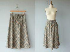1970s midi skirt / 70s wool skirt / plaid by