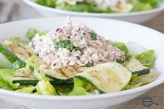 Salade met courgette, tonijn en cottage cheese