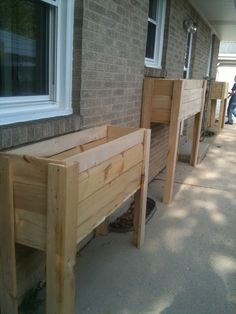 our own raised garden boxes / containers can plant hanging from bottom and on top Raised Flower Beds, Raised Garden Beds, Raised Gardens, Raised Beds, Garden Boxes, Garden Ideas, Garden Fun, Backyard Ideas, Raised Planter Boxes