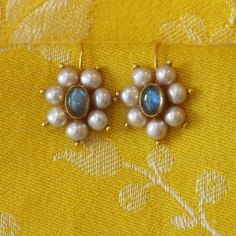 Stunning Jewelry earrings cuffs,Jewelry accessories collection and Fashion jewelry bijoux. India Jewelry, Pearl Jewelry, Antique Jewelry, Gold Jewelry, Fine Jewelry, Silver Bracelets, Marble Jewelry, Chanel Jewelry, Jewelry Model