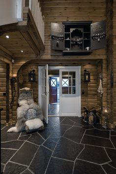 Cabin Homes, Home, House Inspiration, Wooden Cabins, House, Rustic Home Design, Log Homes, House Goals, Cabin Interiors