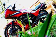 Kawasaki GPz 750