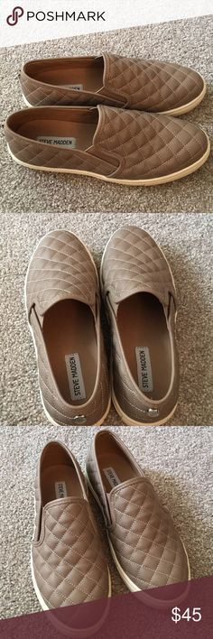 Steve Madden Ecentrcq slip on NEW Steve Madden slip ons! Only worn once. Size 9.5. Grey/taupe color. Very comfortable and in great condition. Steve Madden Shoes Sneakers