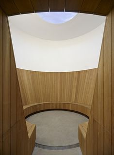 Image 2 of 16 from gallery of Turrell Skyspace / Ogrydziak Prillinger Architects. Photograph by Ogrydziak Prillinger Architects New York Architecture, Architecture Awards, Interior Architecture, Interior Design, James Turrell, Hidden House, Concrete Stairs, Organic Art, Action Painting