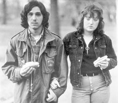 Diane Arbus, youth and his girlfriend with hot dogs in the park